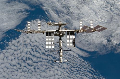 ISS-[NASA]